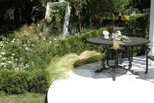 Чайный кабинет для сада. Фото Елены Зотовой