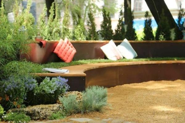 Простота и лаконичность - девиз стиля Naturgarden. Фото с сайта ogorod.ru
