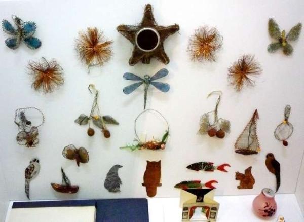 Игрушки военного времени из остатков проволоки от Москабеля. Фото с сайта http://smolbattle.ru