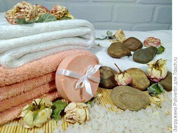 Парфюмерное мыло с розой и мятой