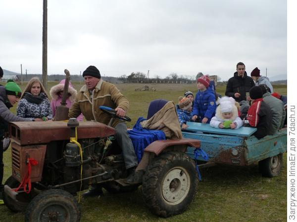 катание на тракторе