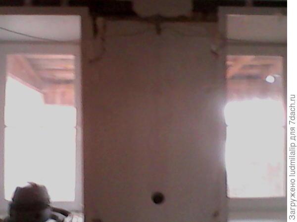 Окна зала изнутри