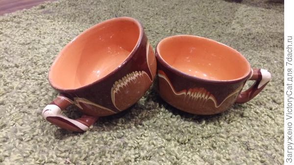 Старенькие глиняные чашечки (особо люблю глину)