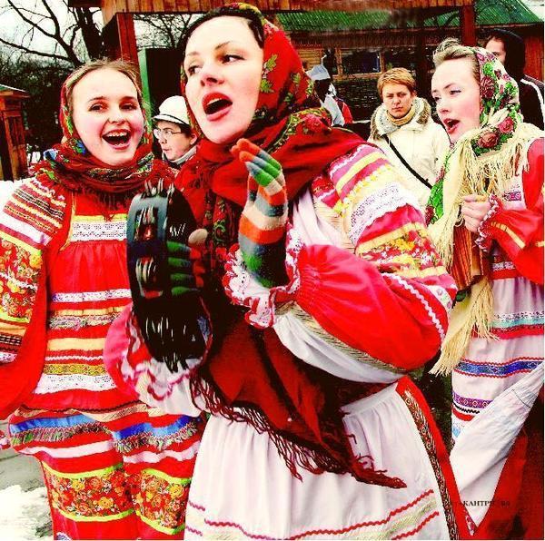 Если вы собираетесь поздравлять своих друзей и близких с Рождеством, не поленитесь, сделайте это в соответствии с традициями