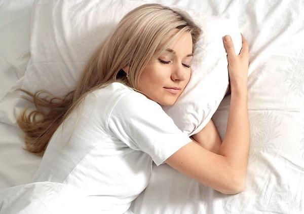 Спать на левом боку вредно для сердца?