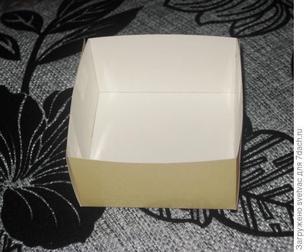 Склеенная коробочка