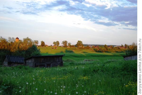 Вид на соседнюю деревню.