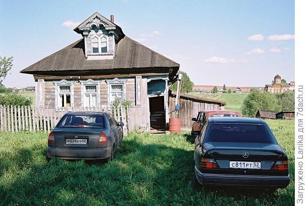 Вот таким был домик в 2007.