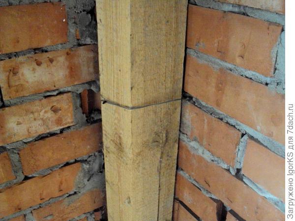 Вертикальные опоры из бруса