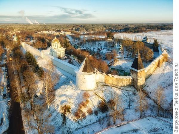 Псково - Печорский монастырь. Фото Д. Погодина.