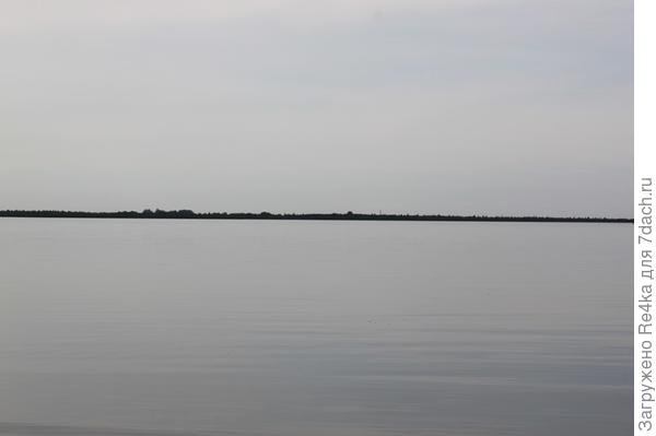 Линия горизонта. Остров Колпино.