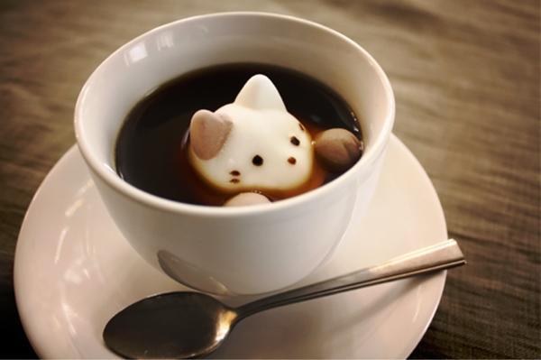 Маршмелоу для кофе. Фото с сайта boredpanda.com