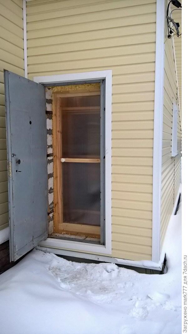 дверь из поликарбоната сотового вторая