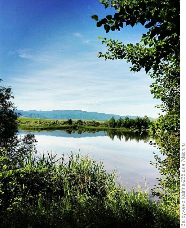 Пока шла стройка, мы осваивали местные красоты природы. Поделюсь с вами современными правда картинками