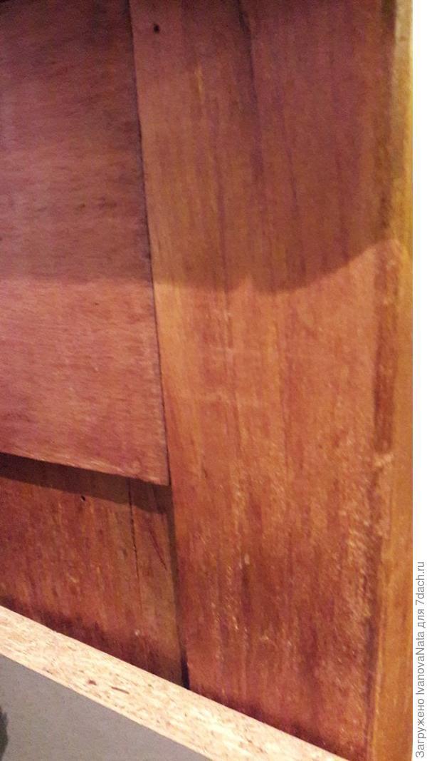 торец комода пока не обновлен, планирую слегка пошкурить и просто покрыть лаком