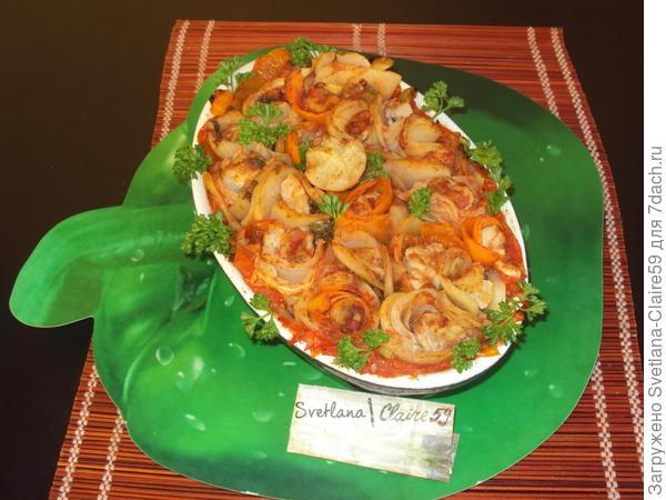 Рецепт  из овощей  в виде цветов с куриной грудкой был придуман мной. Люблю экспериментировать и  украшать различные блюда.