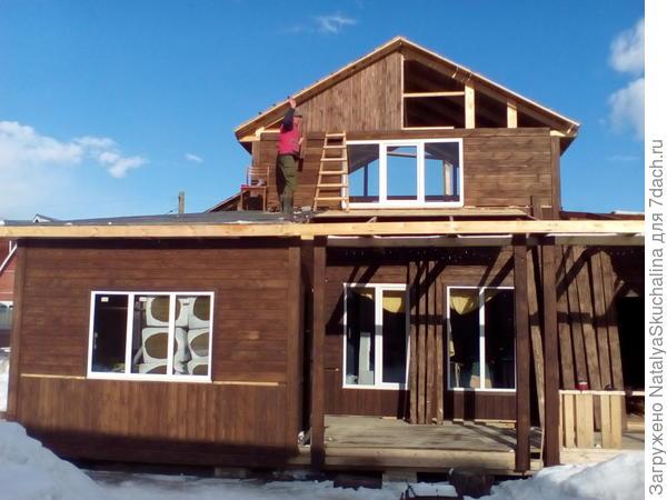 переделываем старый дачный дом, пристроили кухню и открытую веранду