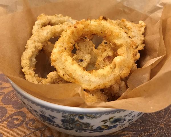 Если соскучились по фастфуду: луковые кольца как в пивном баре - пошаговый рецепт приготовления с фото