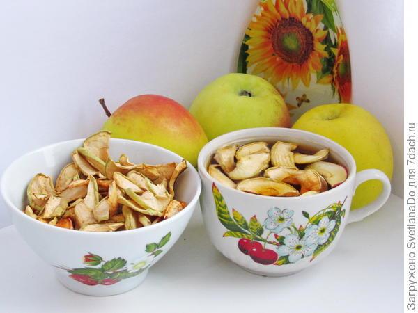 чаек с сушеными яблоками
