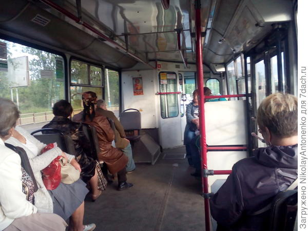 салон троллейбуса