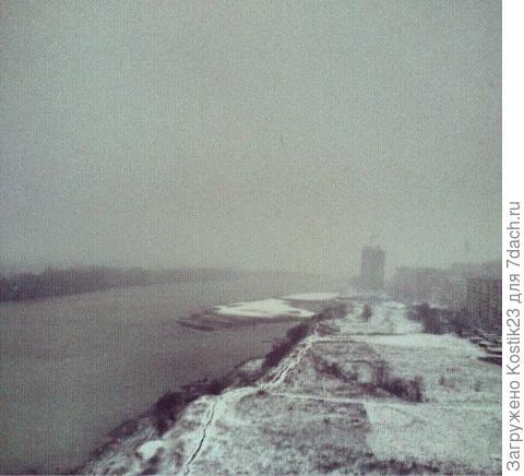 Зима,редкий снег..