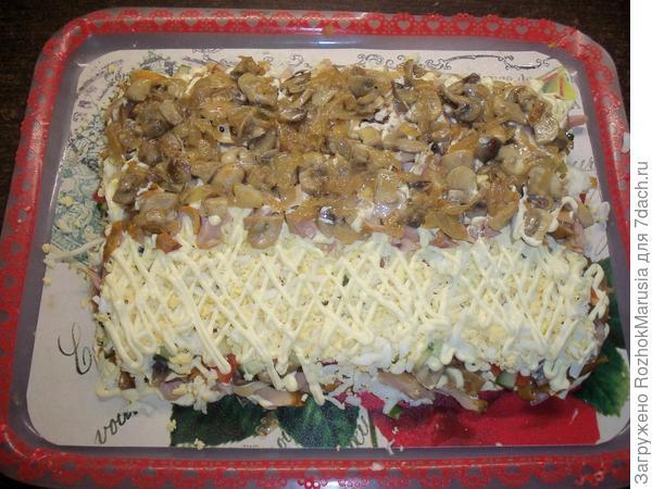 Салат с копченой курицей, грибами и огурцом. Пошаговый рецепт с фото