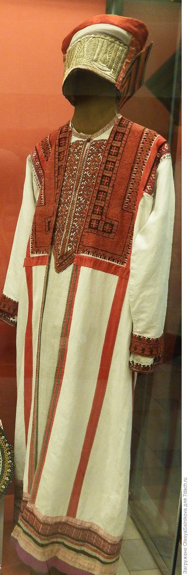 женский мордовский костюм