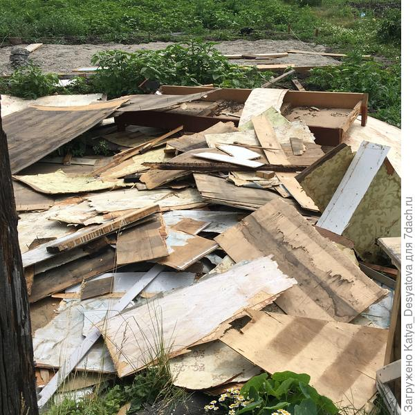 И да уважаемые коллеги по ремонту,старайтесь сразу убирать весь мусор.ведь всего лишь брошенный соседский окурок и беды не избежать