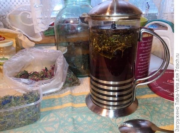 Заваривается вкусный чай