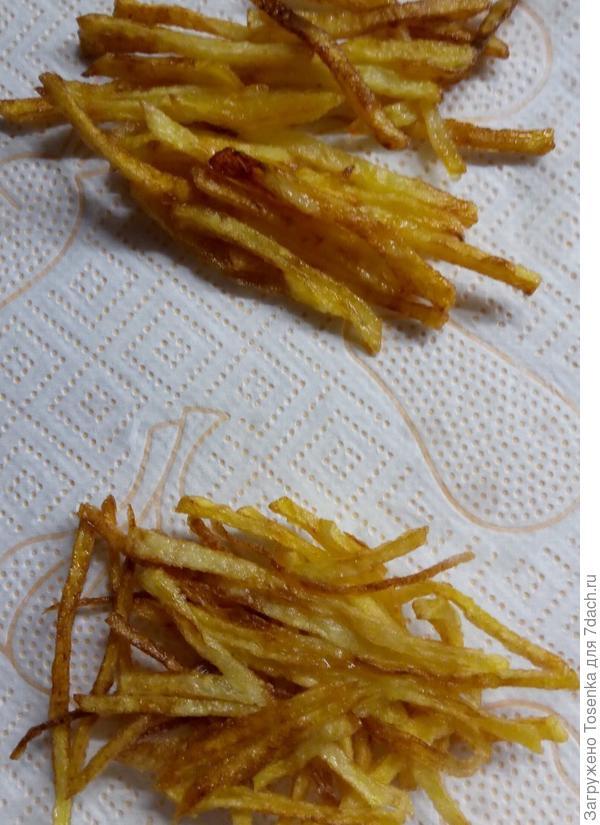 Обсушить от масла картофель