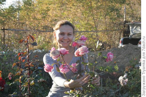 С растущим букетом роз ))
