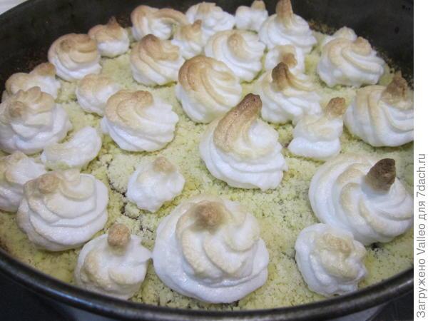 Торт; Чебурашка; с ягодной начинкой и украшением из безе. Пошаговый рецепт с фотографиями