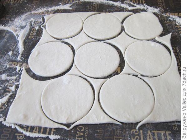 Волованы фуршетные из слоеного теста. Пошаговый рецепт приготовления с фото