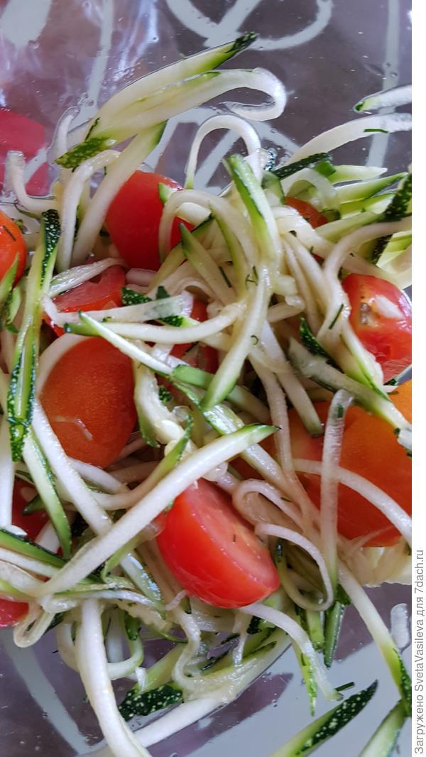 """Приготовление салата из кабачка """"Герерал"""""""