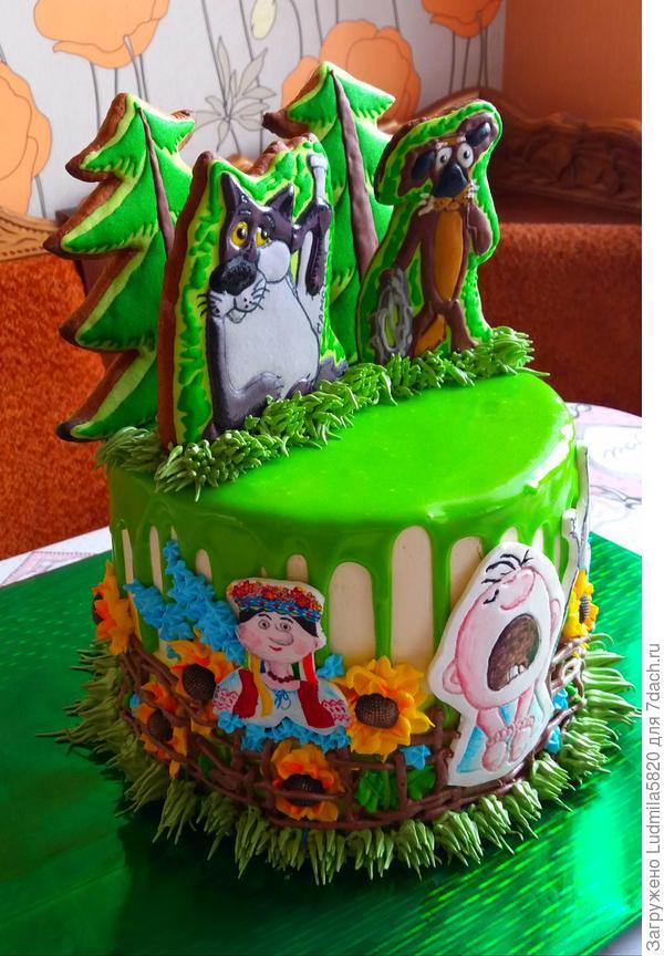 Набирает силу тренд- украшение торта пряниками