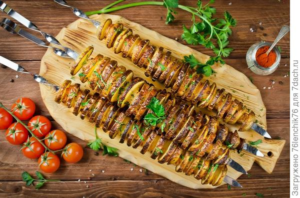 Картофельный шашлык с салом