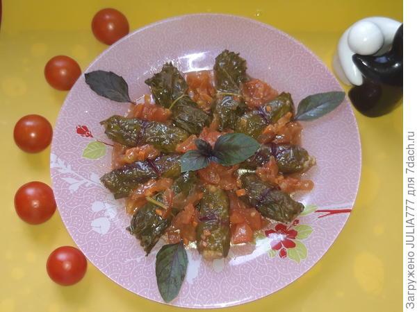Долма из свекольных листьев с куриным фаршем. Пошаговый рецепт с фотографиями
