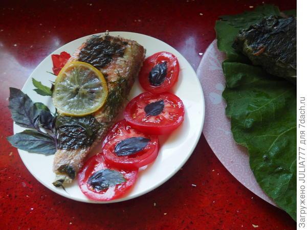 Рыба, запеченная в конверте из лопуха. Пошаговый рецепт с фотографиями