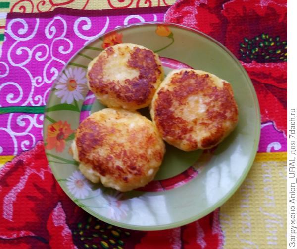 Котлетки из картофеля и адыгейского сыра