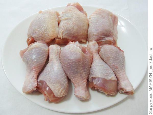 Курица, томленная в белом вине, с грибами и картофелем - пошаговый рецепт приготовления с фото
