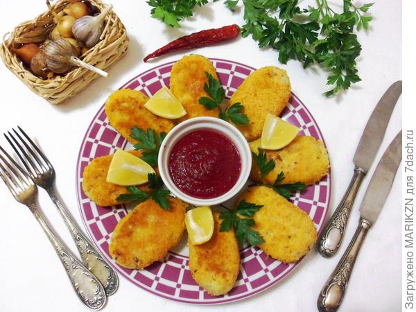 Рыбные котлеты; Кризисные; со свекольным соусом - пошаговый рецепт приготовления с фото