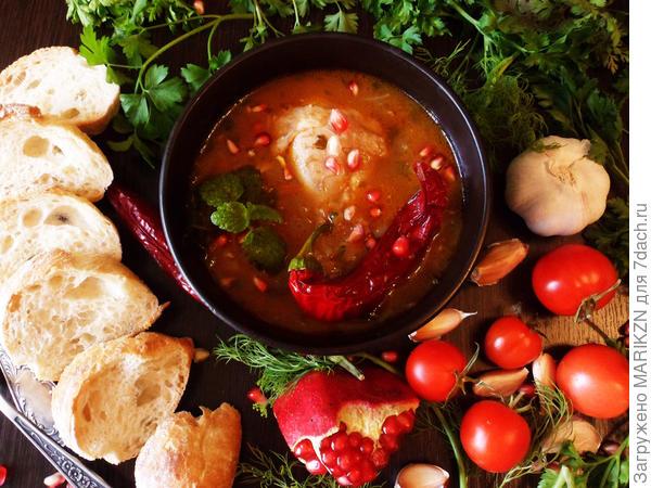 Курица в остром томатном соусе