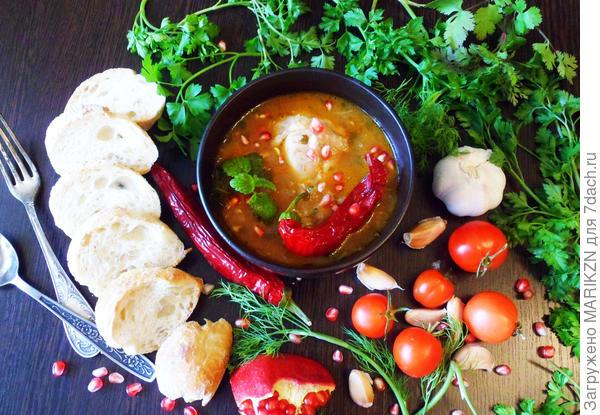 Курица, тушенная в остром томатном соусе с гранатовым соком - пошаговый рецепт приготовления с фото