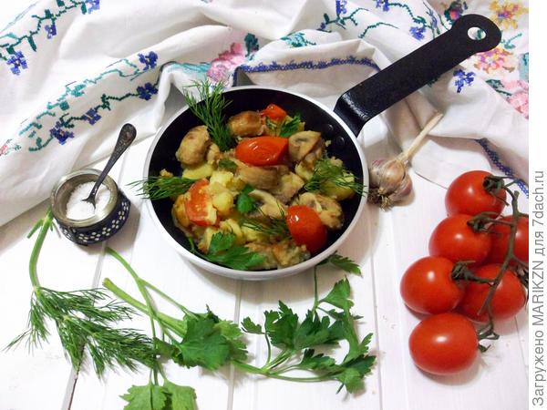 Картошка с грибами, помидорами черри и зеленым маслом. Пошаговый рецепт с фото