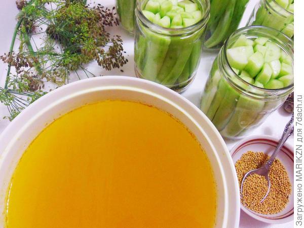 Закусочные огурцы с куркумой и горчицей в зернах на зиму. Пошаговый рецепт приготовления с фото