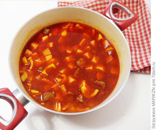 Суп-гуляш по-венгерски с чипетке. Рецепт приготовления с пошаговыми фотографиями