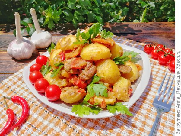 Картошечка с мясом, приготовленная в казане: вкус, как из русской печи
