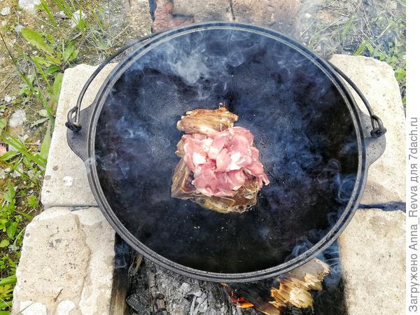Обжарка свинины