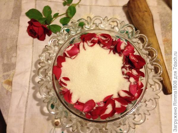 Мягкий мармелад из лепестков роз; Эликсир здоровья; пошаговый рецепт приготовления с фото
