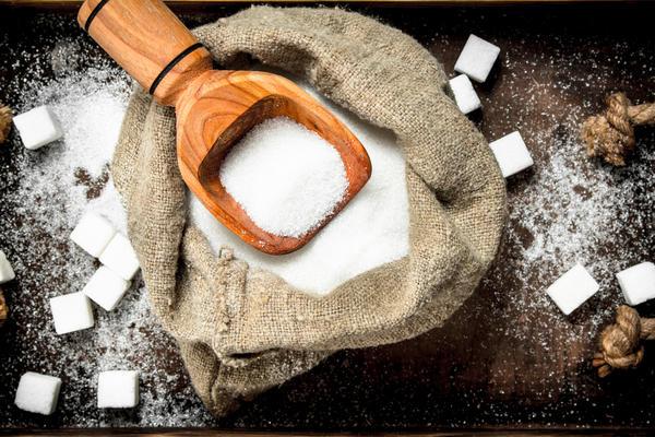 Если сахара слишком много, брага перестанет бродить раньше, чем дрожжи успеют переработать его в спирт